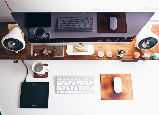 home-office-569359_960_720